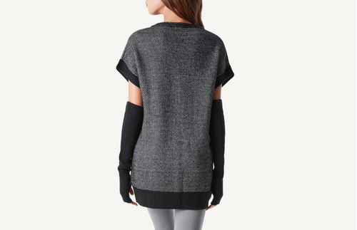 CM103A-4718---Wear_back