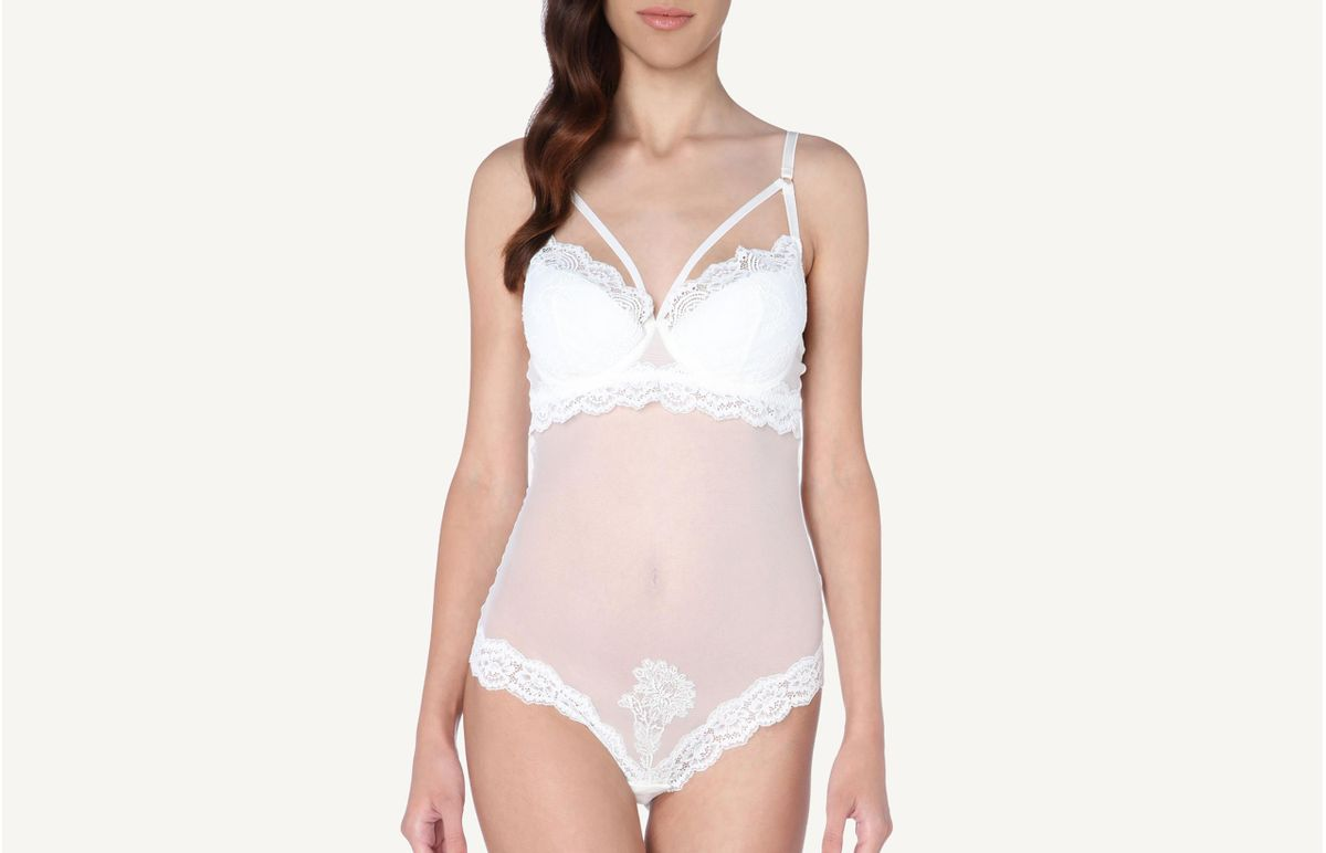 b50a8aa744 Body Feminino Estruturado Em Tule E Renda Love Me Forever - Branco 44B ...
